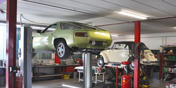 Service und Reparaturarbeiten an allen Personenwagen